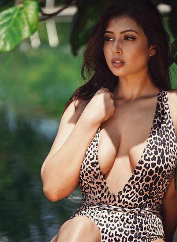 Top 10 hottest indian models