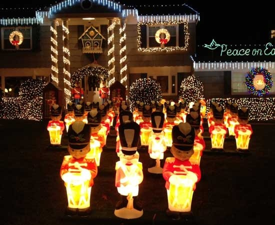 What Are The Best Houses For Christmas Lights In Westchester County, NY?    Quora