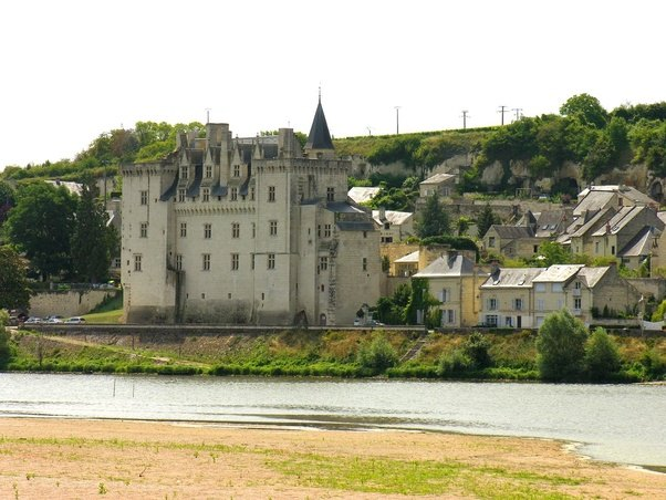 What is the best town to use as a home base when visiting the loire valley in france quora - La grange a dime montreuil bellay ...