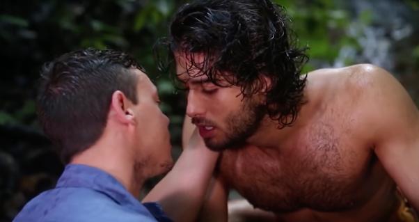lesbian porn with a dildo