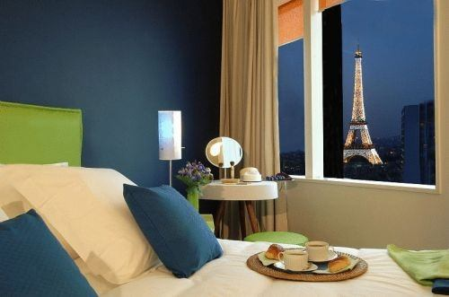 Which hotel has the best views in paris quora for Apparthotel en france