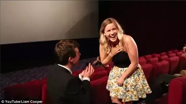 Which Are Some Of The Cutest Examples Of Guys Proposing Their Love