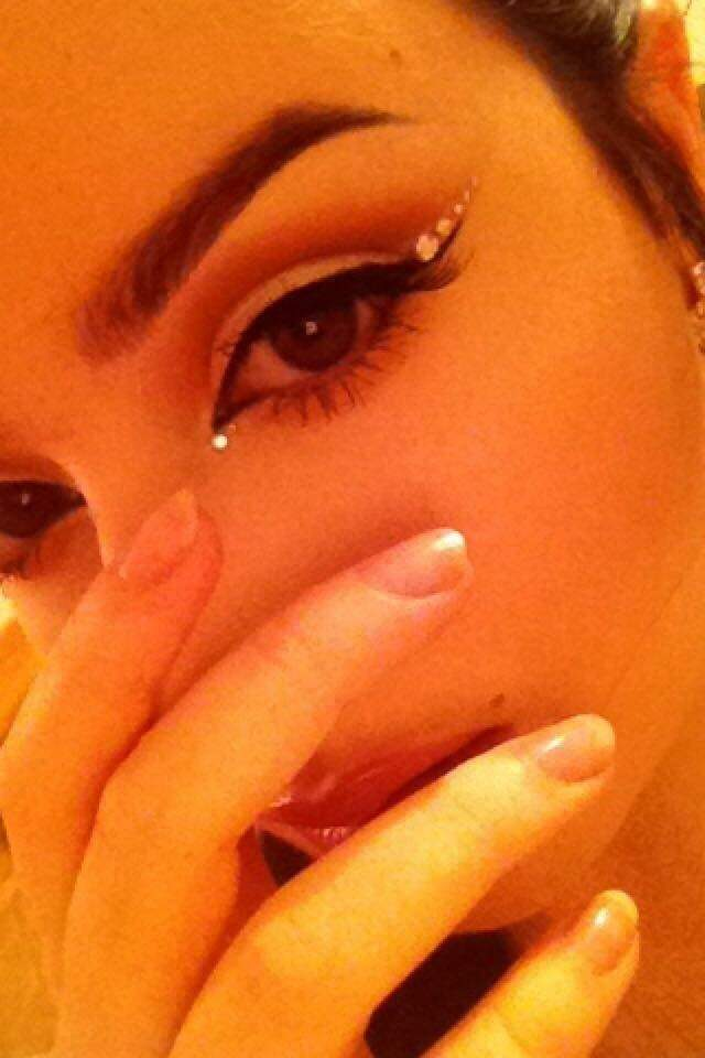 Why Do Girls Like Arched Eyebrows Quora