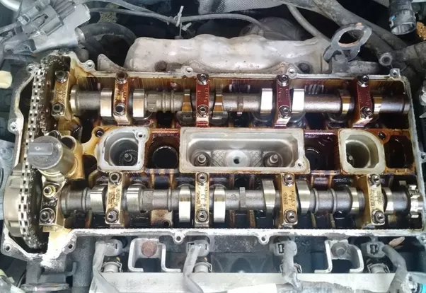 Car Uses Chain Instead Of Main Belt