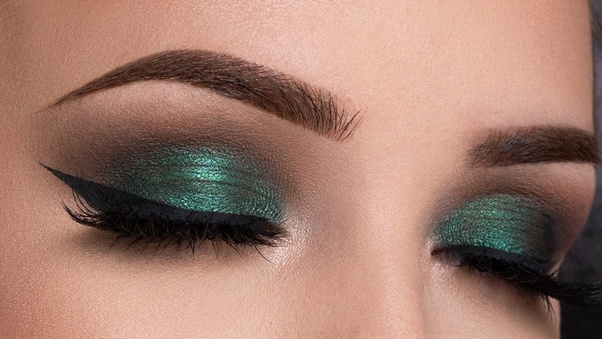 1 Green smoky eyes