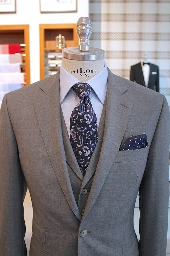 What color tie should I wear with a charcoal suit? - Quora