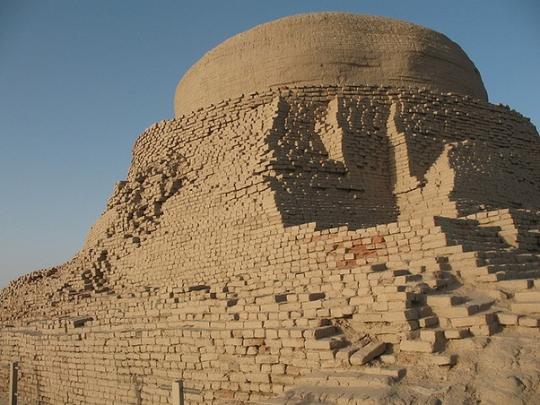 Why is Mohenjo-daro called 'The mound of the dead'? - Quora