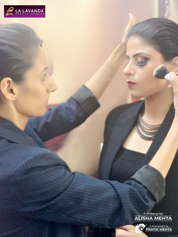 What are the fees for professional beauty makeup courses