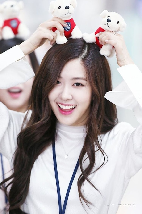 Who Is The Cutest Member Of Black Pink - Quora-8377