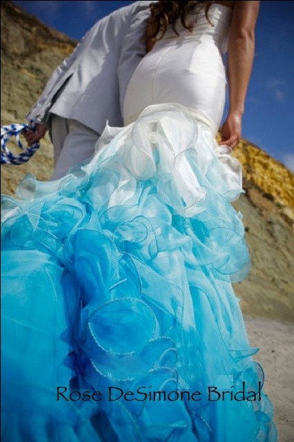 Should wedding dresses always be white? If not, then what are some ...