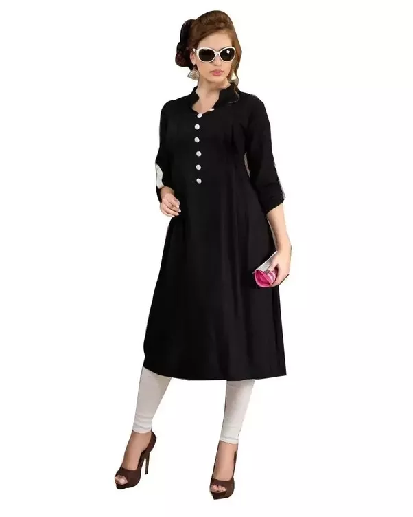 what should be formal attire for a woman in india