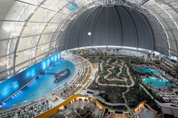 Exterior: Which Is The Biggest Indoor Water Park In The World?