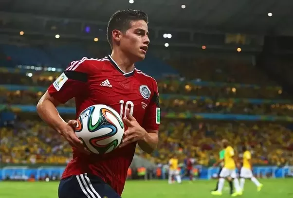 James Rodriguez Can Operate As Both A Forward And An Attacking Central Midfielder Zidane Used Him In Variety Of Positions During The 2016 17 Season