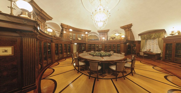 Why does the interior of Putin's Palace look so tacky? - Quora