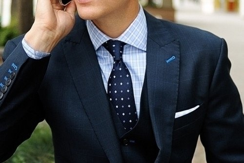 What colour ties can I wear with blue shirt and black suit ...