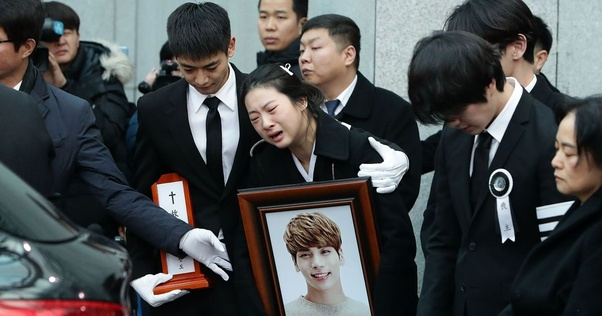 What do you think about the death of Jonghyun (Shinee)? - Quora
