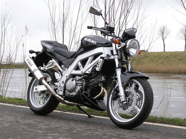 What is the best naked street bike under $4000? - Quora