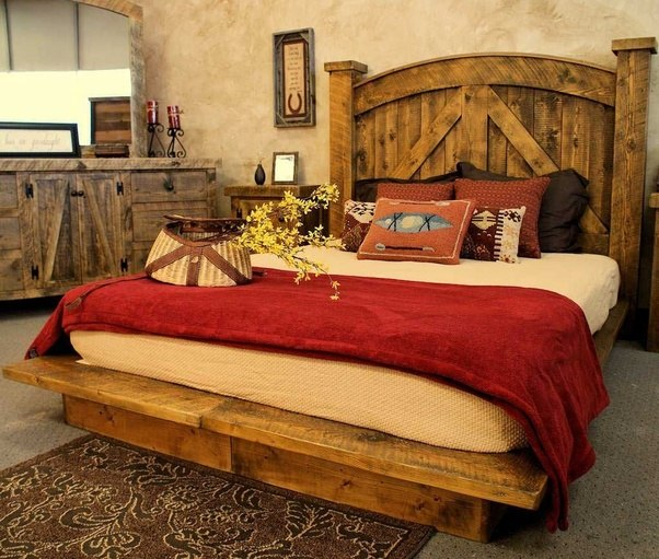 Or This One Below With A Little Bit Rustic And Industrial Touch. The Cowboy  Hat As A Decoration Strengthen The Horse Themed.