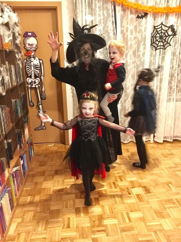 Later the witch (me who else) went on a hunt while kids were dancing to Michael Jacksonu0027s Thriller. I hunted and hunted and finally caught a zombie.  sc 1 st  Quora & Can I see a photo of your Halloween costume 2017? - Quora