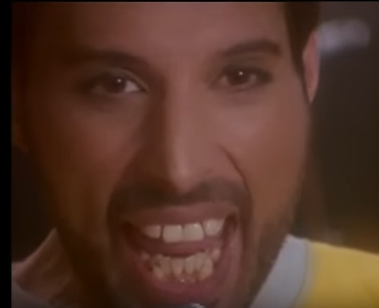 What was wrong with Freddie Mercury's teeth? Why didn't he