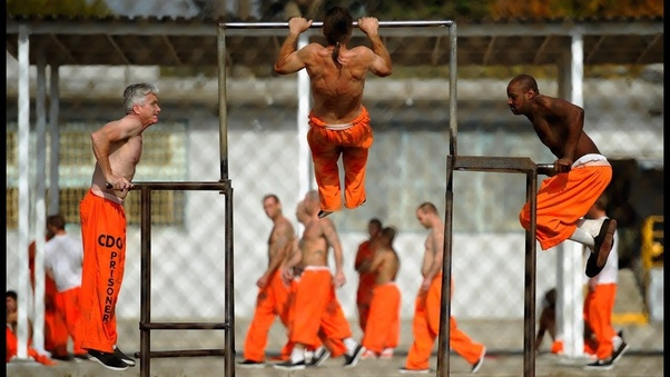 how are prisoners so buff with bad diet