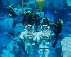 why do astronauts in space feel no gravity quizlet - photo #21