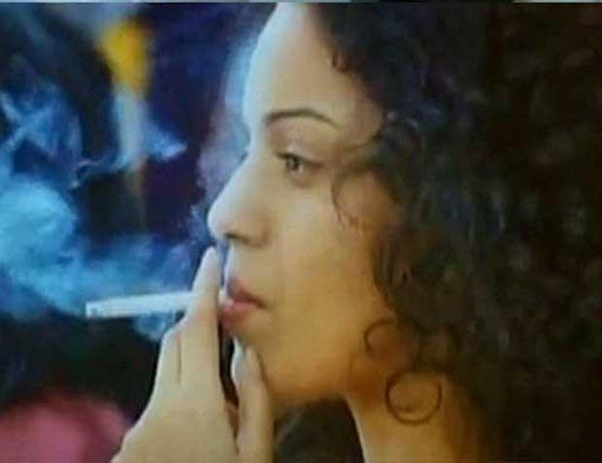 How many cigarettes does Shahrukh Khan smoke in a day? - Quora