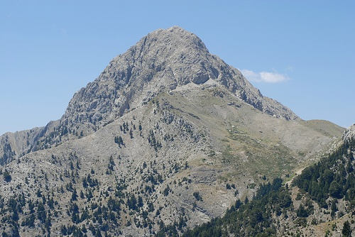 Is malai (மலை) for mountain a pure Tamil word? - Quora