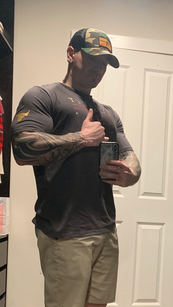 Can natural bodybuilders look big even with clothes on ...