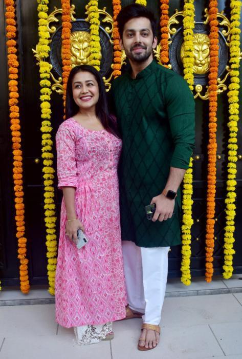 What Is Neha Kakkar S Real Height Quora
