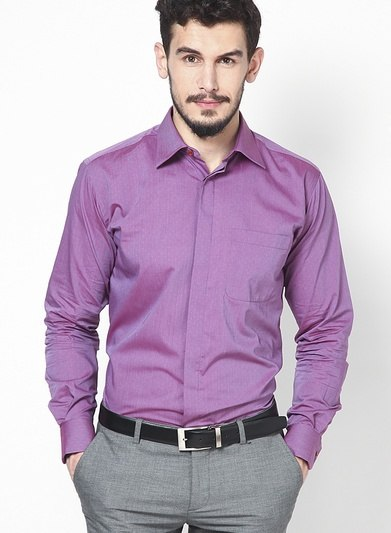 which is the best shirt colour to wear for a interview