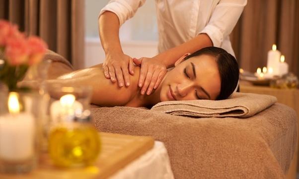 Bodymassage Öl-Sex