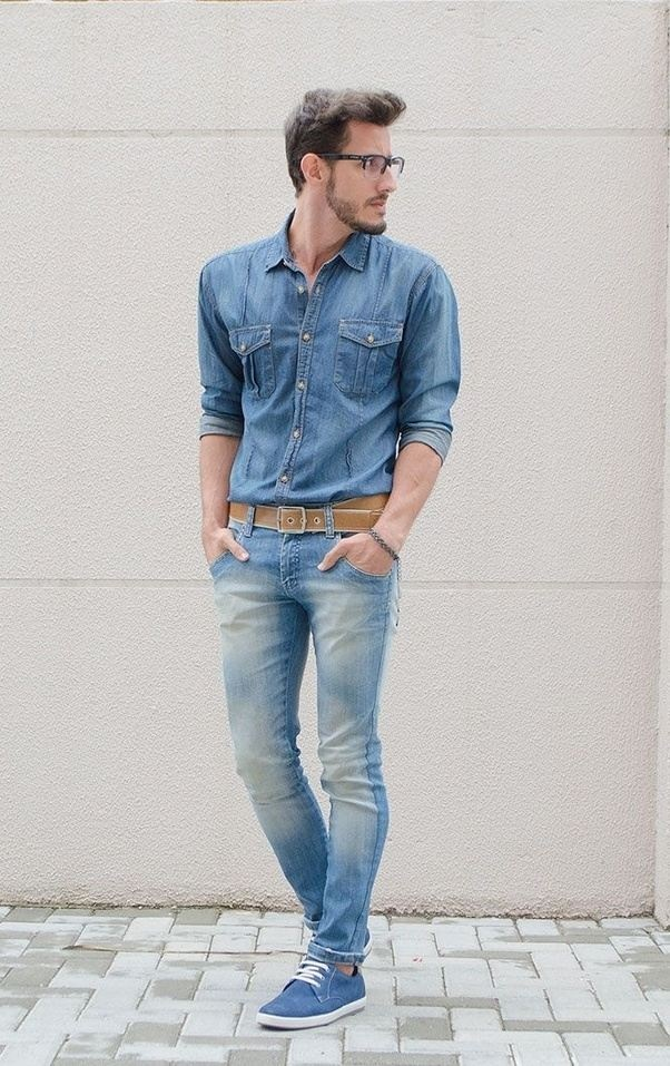 Are blue T-shirt, blue jeans, and blue shoes good to wear