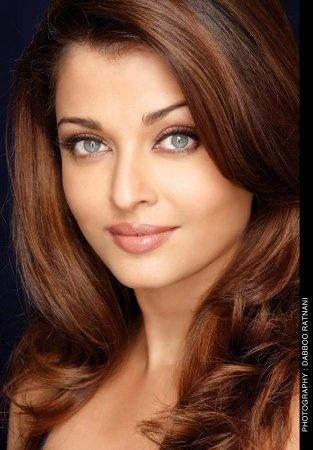 Why does Aishwarya Rai have a green eye colour? Give 3 to ...