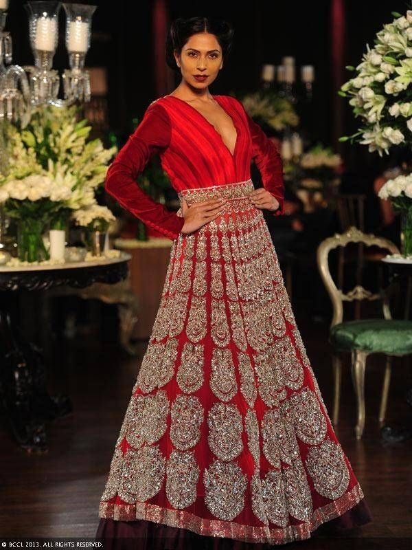 What a couple should wear on their wedding and engagement? - Quora