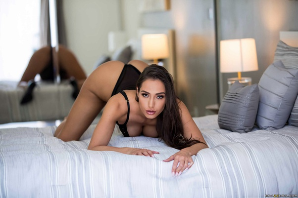 What Are Some Photos Of Desiree Dulce That Deserve 100 Upvotes