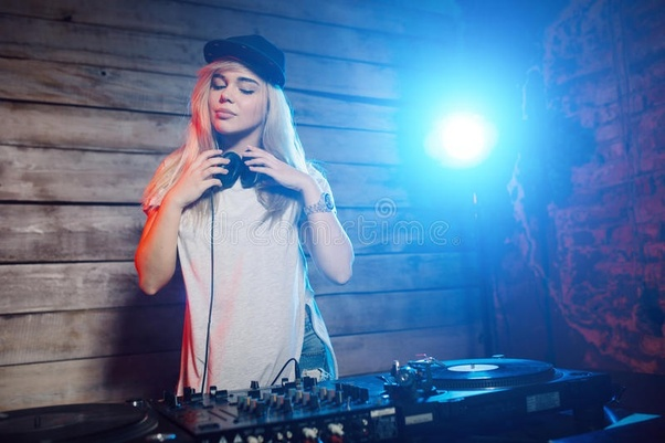 What are the best DJ speakers in the world? - Quora