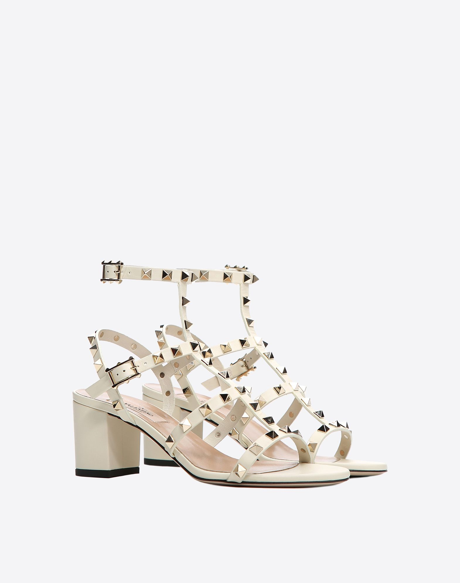 9589c34d39a Block heels have been taking over the fashion scene for quite a while now  as they are incredibly comfortable and render great body support and  stability.