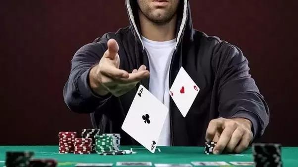 Live poker 99