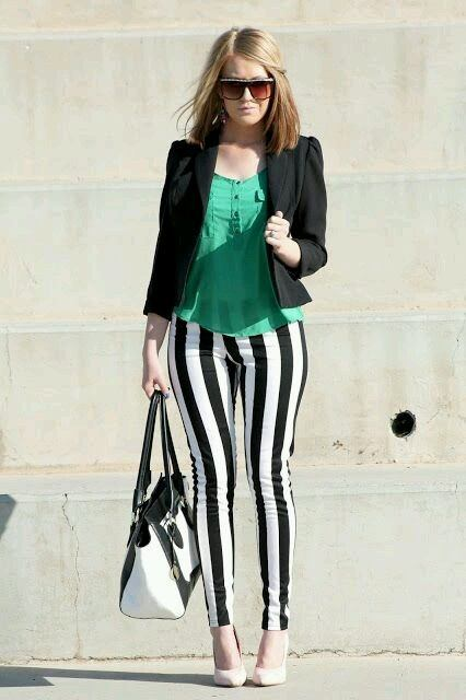 What Color Shirt Goes Well With Black And White Striped
