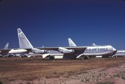 Could a nuclear weapon hurt the pilots in the planes that dropped