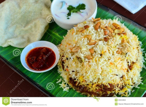 What options are there of vegetarian food in kerala for delhite pazham pori also known as ethakka appam or banana fritters is a traditional evening snack item in kerala its available through out kerala and all most all forumfinder Gallery