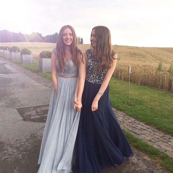 Where can I find a prom dress for my college prom night? - Quora