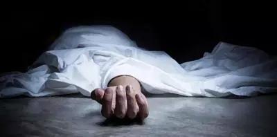 Image result for किसी व्यक्ति के मरने के बाद उसके कपड़े और बिस्तर बहार फेंक दिए जाते हैं, फिर उसके गहने व कमाए हुए रुपए क्यों नहीं फेंकते? जानिए सच