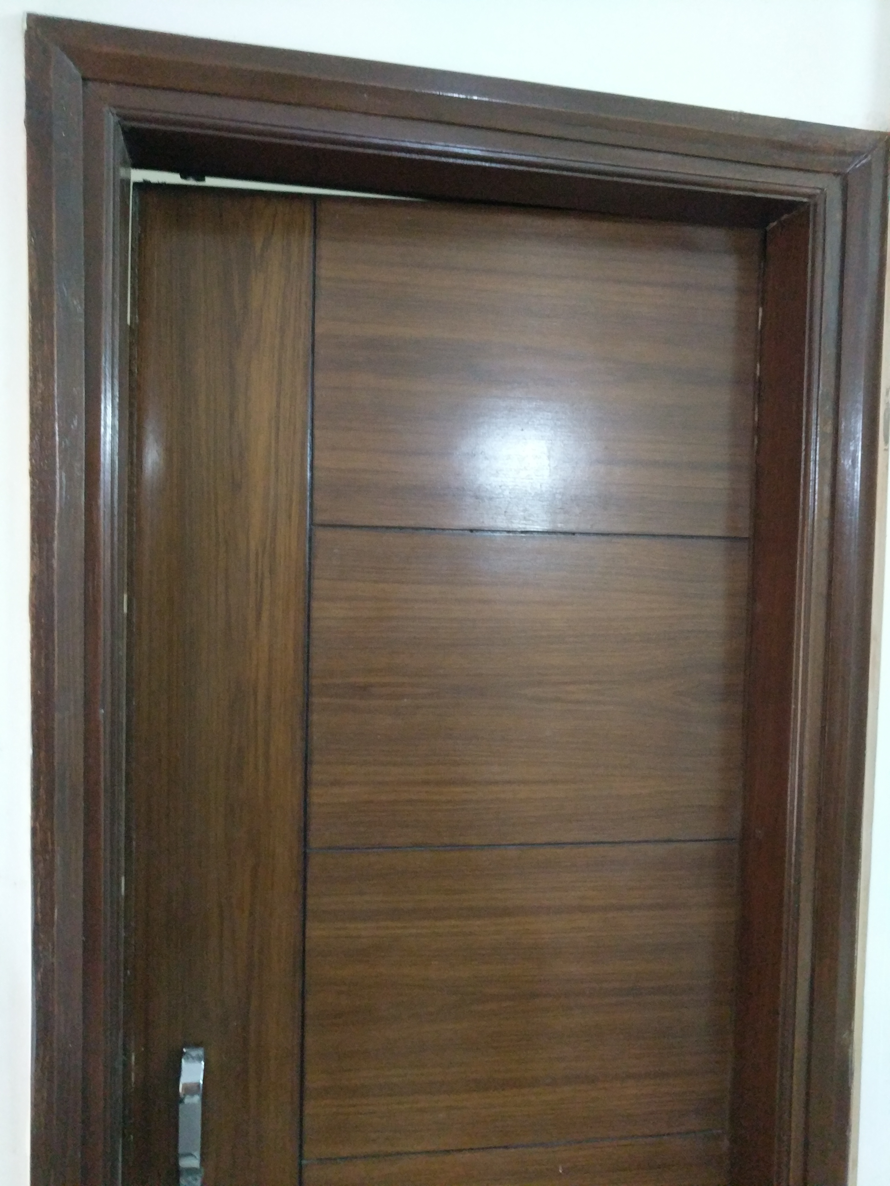 Which Material Is Best For The Doors Of Wardrobes Sunmica