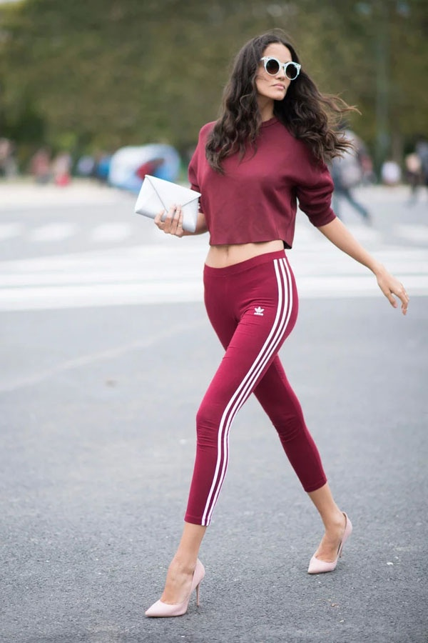 6c636b8772ac Question answered  Are you getting tired of the current fad of every single  girl dressing exactly the same in black yoga pants