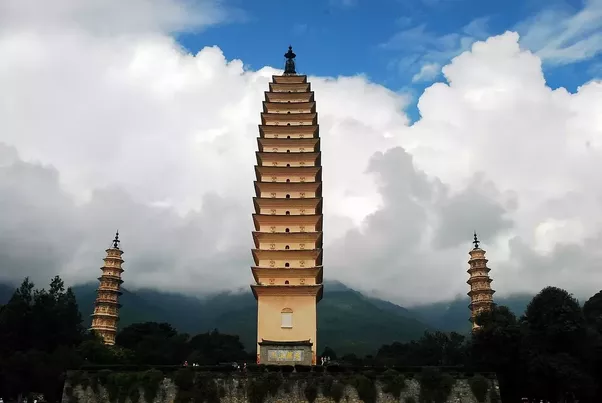 What are some famous buildings built in China before 1800 A.D.? - Quora