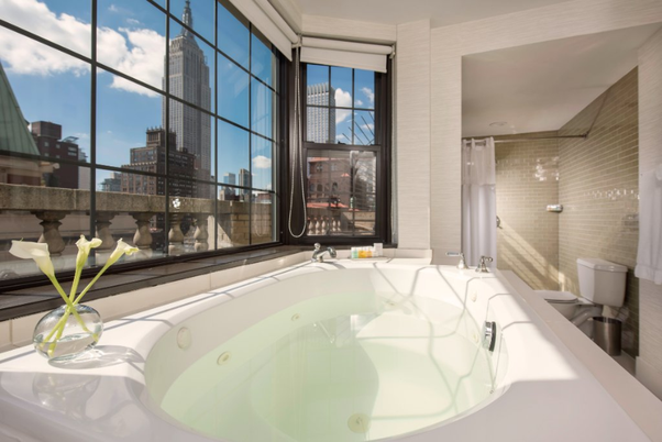 Affordable According To Our Database There Are Quite Few Hotels In New York That Offer A Private Inroom Jacuzzi However Might Not Be The Standard