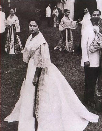 Is Maria Clara (from Noli Me Tangere) barefoot? - Quora