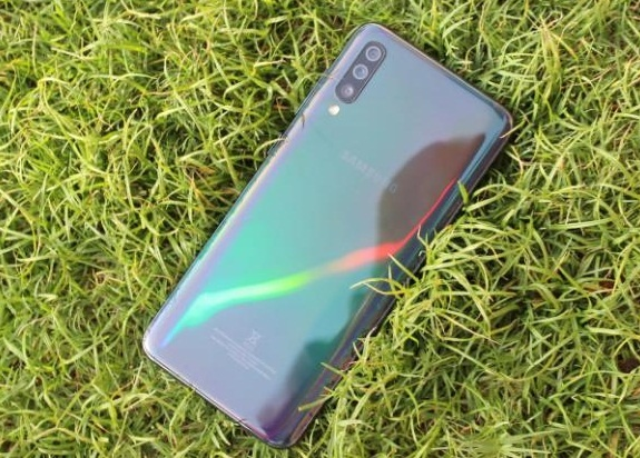 Is the Samsung Galaxy A70 smartphone worth buying? - Quora